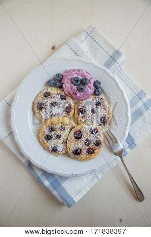 Home made Fluffy Wholemeal Pancakes with Fresh Blueberries
