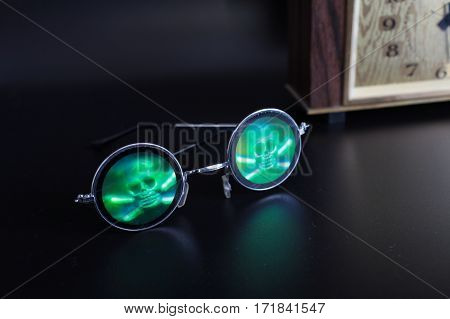 the black eyes death eyeglasses with skull