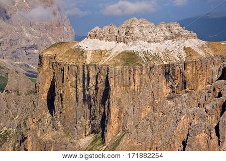 Groupo del Sella, excellent hiking mountains in the Dolomites of Northern Italy.