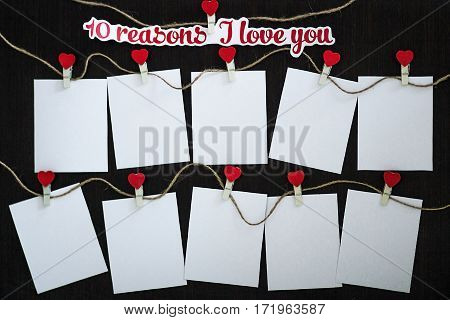 Cards 10 reasons I love you on wooden board