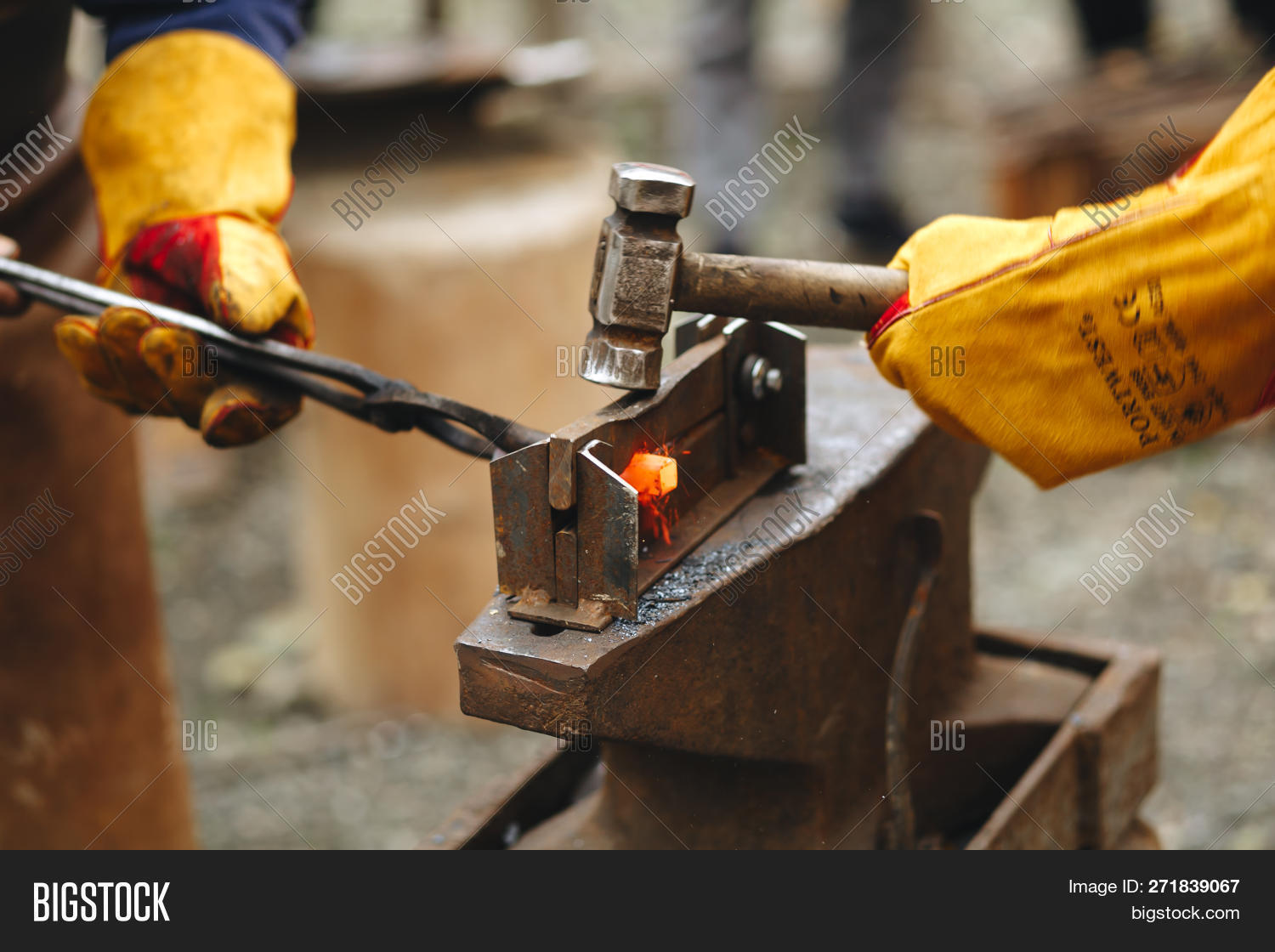 Blacksmith's Anvil Image & Photo (Free Trial) | Bigstock