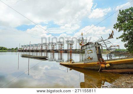 Uthokwipat Prasit Floodgate In Pak Phanang, Nakhon Si Thammarat, Thailand.