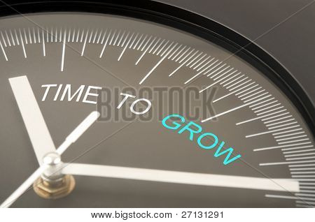 Time to grow text on clock poster