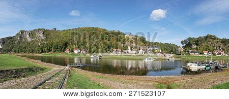 Rathen, Germany - October 04, 2018: Popular Ferry Service To The Town Of Wehlen On The Banks Of The