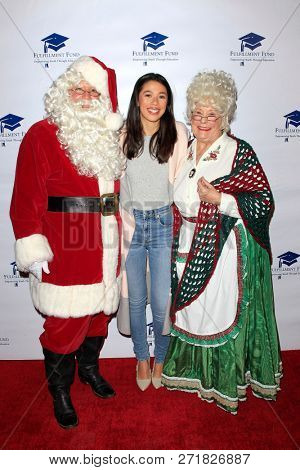 LOS ANGELES - DEC 1: Nicole Wolf at the Fulfillment Fund's 45th Annual Holiday Party for kids at CBS Television City on December 1, 2017 in Los Angeles, California