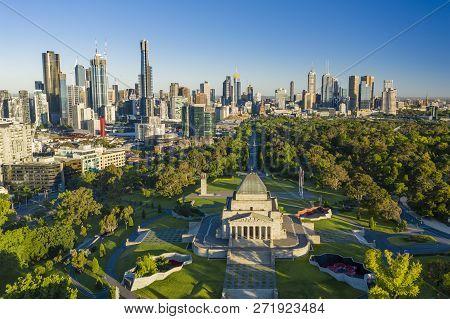 Melbourne, Australia - Dec 1, 2018: Aerial Video Of Melbourne Cbd At Sunrise