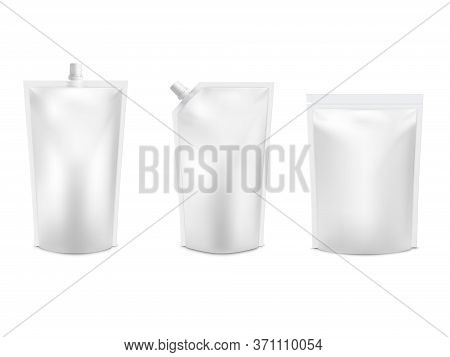 Realistic 3d White Blank Doy Pack Mock Up Set. Vector Doypack Template Packing With And Without Scre