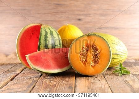 assorted of melon and watermelon