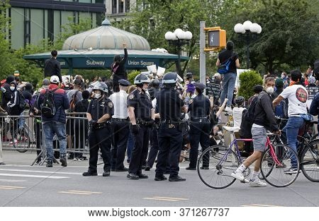New York, New York/usa - June 2, 2020: Cops Wear Helmets While Working Union Square Nyc During Georg