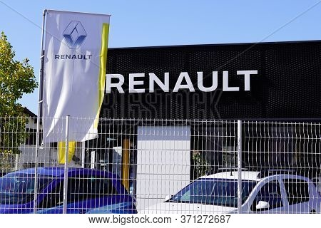 Bordeaux , Aquitaine / France - 10 11 2019 : Building Dealership Renault Dealership Jail