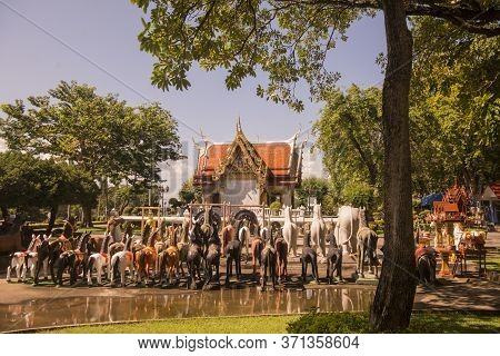 Thailand Tak Shrine Of King Taksin