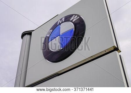 Bordeaux , Aquitaine / France - 10 27 2019 : Bmw Dealership Sign Car Logo Shop Luxury Automakers Sto