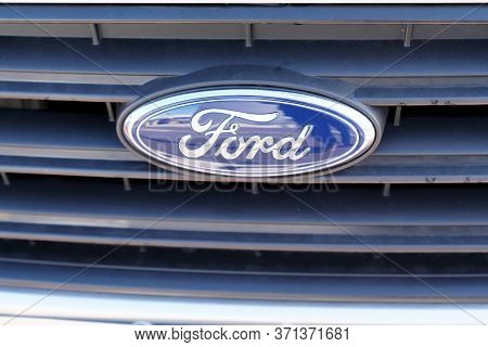 Bordeaux , Aquitaine / France - 11 13 2019 : Ford Logo Car Grill Silver Automobiles Sign American Mu