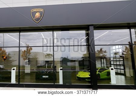 Bordeaux , Aquitaine / France - 11 18 2019 : Lamborghini Car Shop Logo Supercar Bull Taurus Sign Car