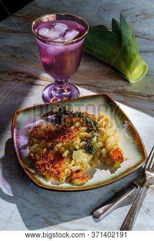 Broccoli Rabe Leek Mac N Cheese