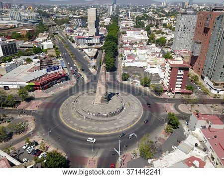 Guadalajara, Jalisco - April 7 2019:aerial View Of The Gazebo Of The Child Heroes, With Its Statue