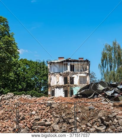 house is demolished to make room for new construction