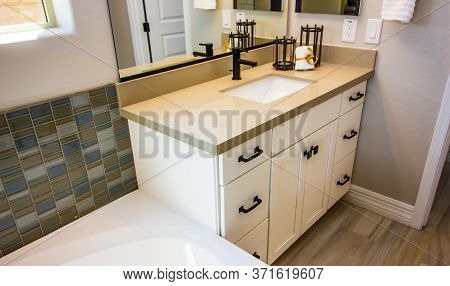 Modern Corner Bathroom Vanity With Sink And Decorator Items
