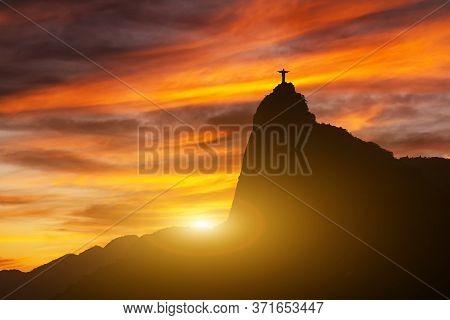 Beautiful Panorama Of Rio De Janeiro At Twilight, Brazil. Corcovado. Statue Of Christ The Redeemer