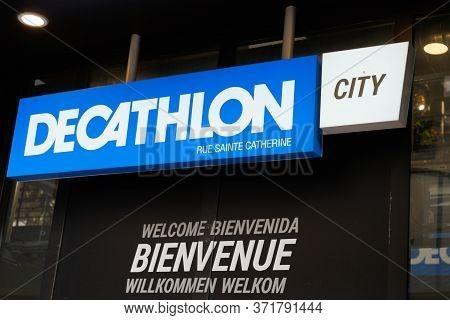 Bordeaux , Aquitaine / France - 10 28 2019 : Decathlon City Sign Store Logo In Shop Building Bordeau