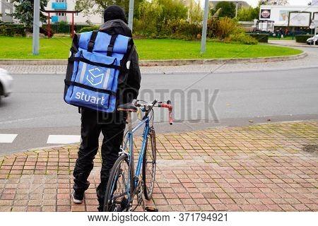 Bordeaux , Aquitaine / France - 11 19 2019 : Stuart Delivery Bike Cycle Order Delivery Restaurant Ac