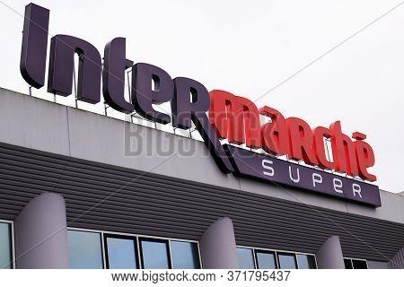 Bordeaux , Aquitaine / France - 03 11 2020 : Intermarche Super Brand Sign Shop French European Super
