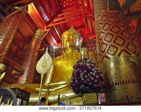 Wat Phanan Choeng Temple Ayutthaya Thailand-01 March 2019:buddha Statue, Phanan Choeng Buddha Statue