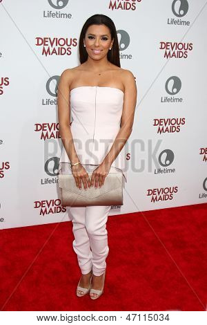 LOS ANGELES - JUN 17:  Eva Longoria arrives at the