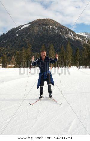 Crosscountry Skiier
