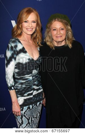 LOS ANGELES - JUN 19:  Marg Helgenberger, Angie Dickinson at the