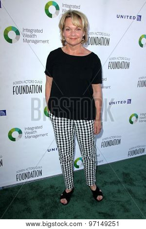 LOS ANGELES - JUN 8:  Pamela Reed at the SAG Foundations 30TH Anniversary LA Golf Classi at the Lakeside Golf Club on June 8, 2015 in Toluca Lake, CA