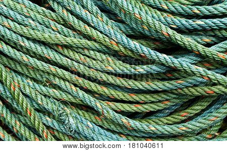 Roll bristly of the green nylon rope