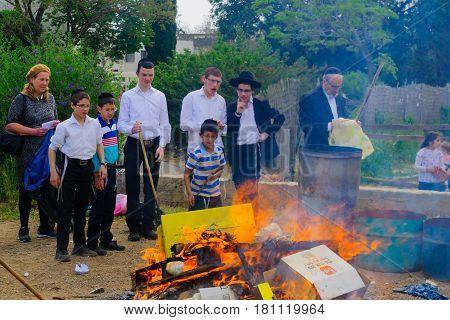 Biur Chametz In Haifa, Passover 2017