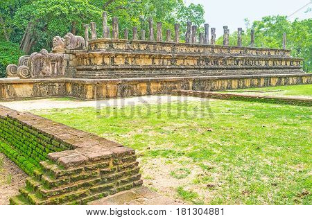 Visiting Ancient Polonnaruwa