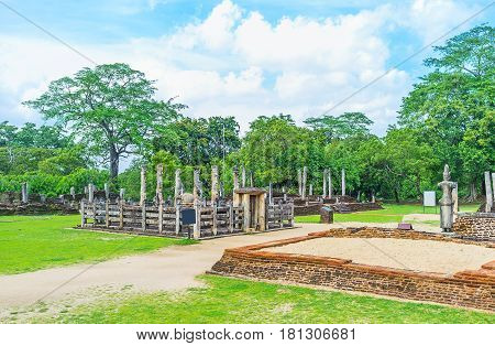 The Ancient Statue House In Polonnaruwa