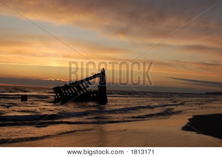 Sunset Of Peter Iredale Shipwreck In Oregon