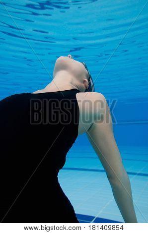 Estranged, Blue Background, Underwater Shoot, Inside The Pool