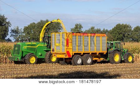Tractor Harvester Agriculture