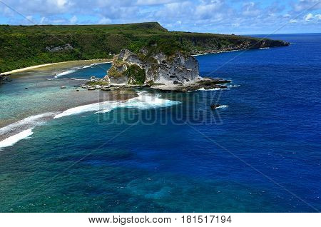 Bird Island  located in the Filipino Sea near the island of Saipan. Many tourists come and love the beauty of this island