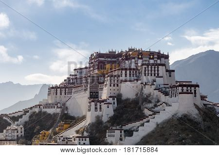 the potala palace in the afternoonthe main portion of the potala contains the white palace and the red palace.