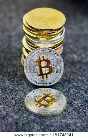 Cryptocurrency silver and gold physical bitcoin coins