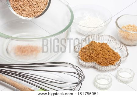 Wheat bran muffins preparation : Ingredients to prepare integral wheat bran muffins