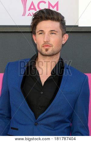 LAS VEGAS - APR 2:  Michael Ray, Michael Ray Roach at the Academy of Country Music Awards 2017 at T-Mobile Arena on April 2, 2017 in Las Vegas, NV