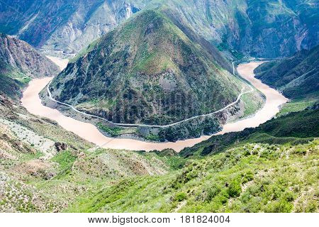 Benzilan , China - Aug 2 2014: The First Bend Of The Jinsha River. A Famous Landscape In Deqin, Yunn