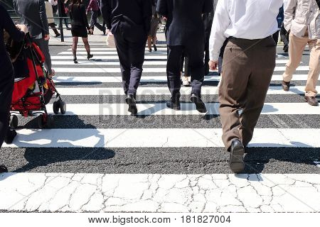 image of Pedestrians cross at Shibuya Crossing,Tokyo Japan