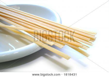 Pasta Linguine, Spaghetti In A Dish