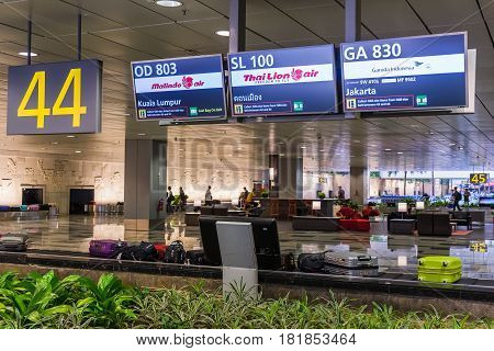 Baggage Claims Belt Conveyor In Changi Airport. Arrival Hall