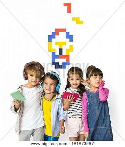8 bit illustration of light bulb creativity ideas