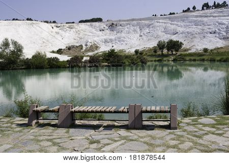 Relajadao paisaje de verano en Pamukale, Turquia