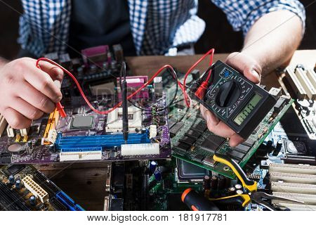 Computer hardware electronic components diagnostic